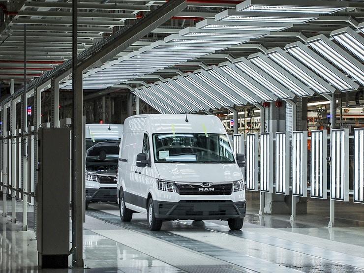 MAN planeia o reinício da produção de autocarros e camiões